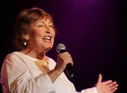 معروف آسٹریلیائی گلوکارہ ہیلین ریڈی کا انتقال