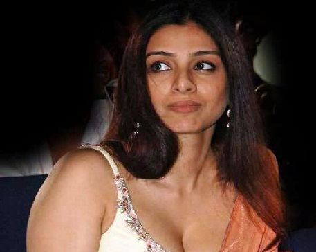 بالی ووڈ اداکارہ تبو نے کہا میں اپنی سوانح حیات نہیں لکھوں گی