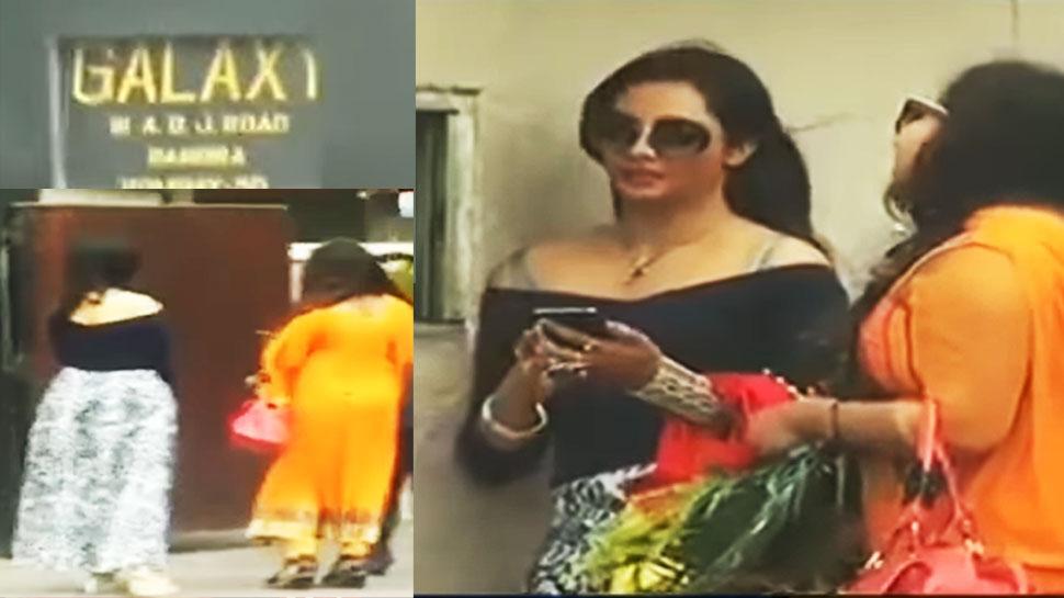 گلدستہ لیکر سلمان کے گھر پر کھڑی رہی آرشی خان، گارڈ نے اندرجانے نہیں دیا