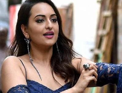 سوناکشی نے فلم انڈسٹری میں 9 برس پورے کئے