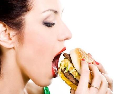 سافٹ ڈرنک اور برگر موٹاپے کی وجہ