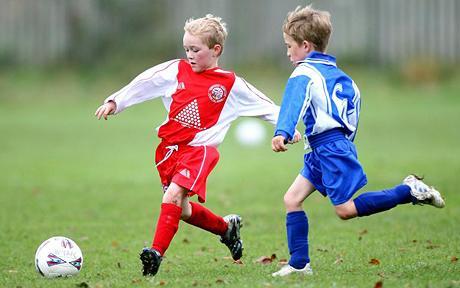 بچپن میں کھیلنا کود ناصحت مند بڑھاپے کا ضامن،نئی طبی تحقیق