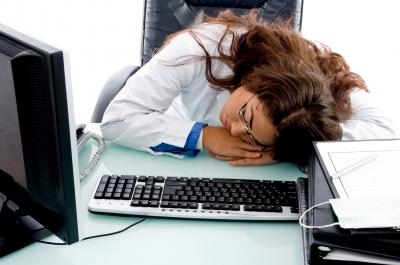 کام کرتے وقت دن میں چھوٹی چھوٹی جھپکی لینا ہے انتہائی ضروری