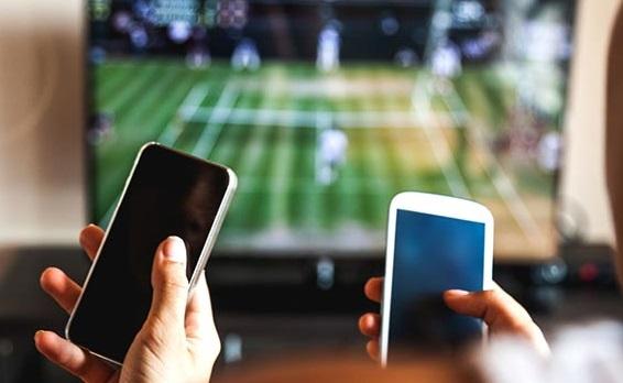 2020 تک، ٹی وی کے آدھے ناظرین موبائل پر دیکھیں گے پروگرام