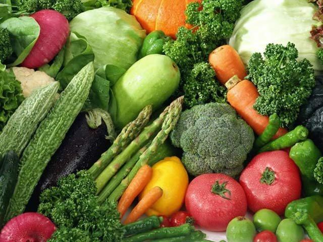 سبزیاں کھائیں اور دماغی صحت بہتر بنائیں