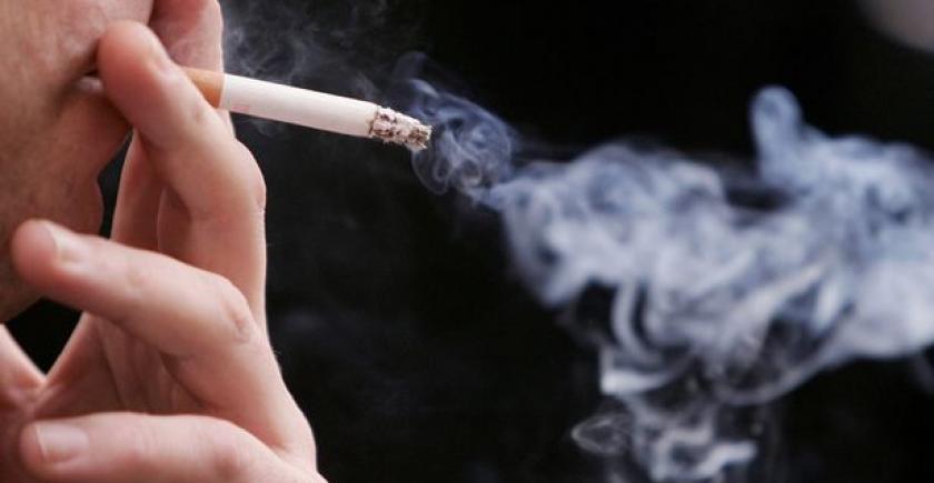 ہر دس میں ایک موت کی وجہ سگریٹ نوشی