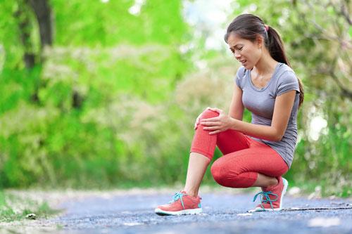 گھٹنوں سے چٹخنے کی آواز آنا، بیماری کی ہے علامت