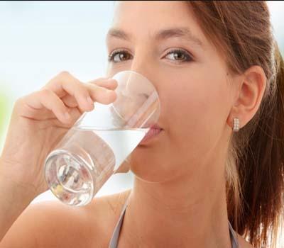 وزن کم کریں کنکنا پانی پی کر !