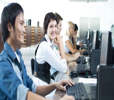 لوگ جب خوش ہوتے ہیں تو زیادہ کام کرتے ہیں: تحقیق