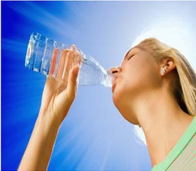 گرمی کی تپش سے بچنے کے آسان طریقے