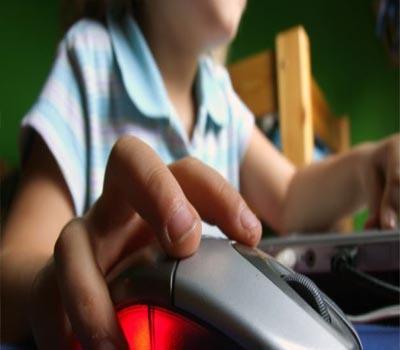 انٹرنیٹ، بچے اور بڑوں کی ذمہ داری