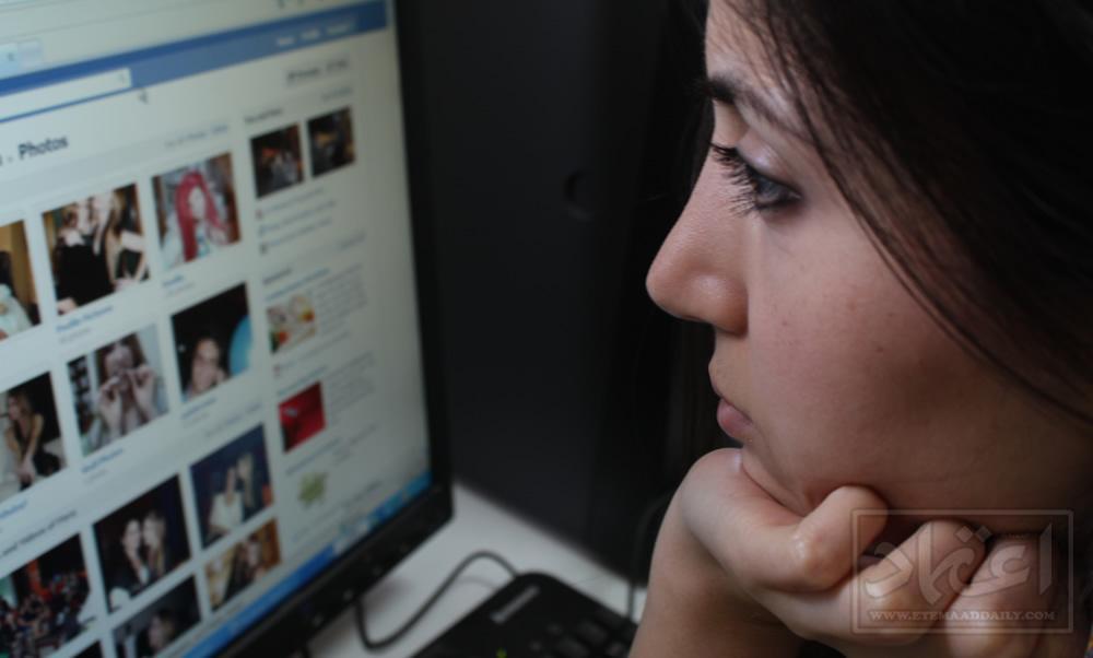 فیس بک کا کثرت سے استعمال تناؤ میں مبتلاء کرسکتا ہے
