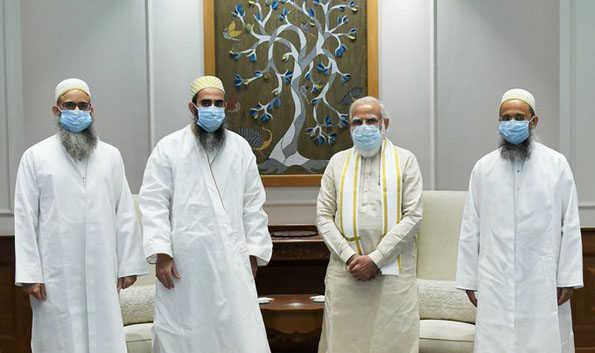 بوہرہ وفد کی وزیر اعظم اور مختار عباس نقوی سے ملاقات