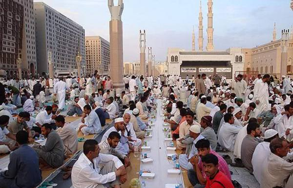 سعودی عرب، خلیجی ممالک، انڈونیشیا اور افغانستان میں پہلا روزہ
