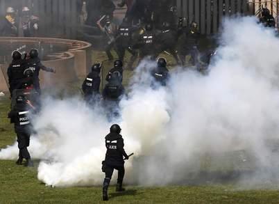 تھائی لینڈ میں حکومت مخالف مظاہرین اور پولیس میں جھڑپیں