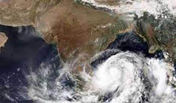 """طوفان """"نیوار""""کا اثر۔اے پی میں بڑے پیمانہ پر تباہی"""