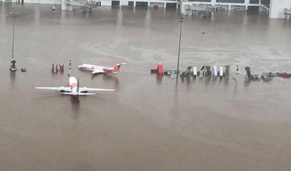 کیرالہ میں تیزبارش سے فضائی اور ریل خدمات متاثر