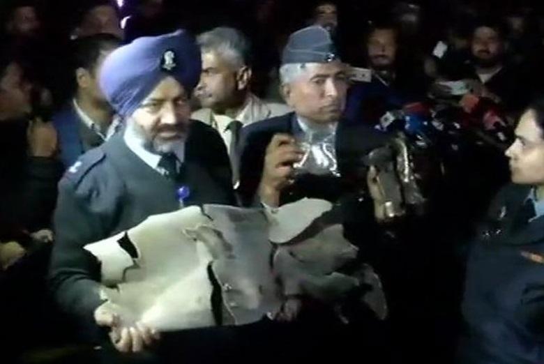 ہندستان نے پاکستان کے ایف۔16۔طیارہ کو مارگرانے کے ثبوت پیش کئے