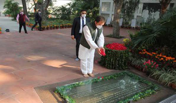 راہل کا آنجہانی اندرا گاندھی کی سالگرہ پر خراج عقیدت