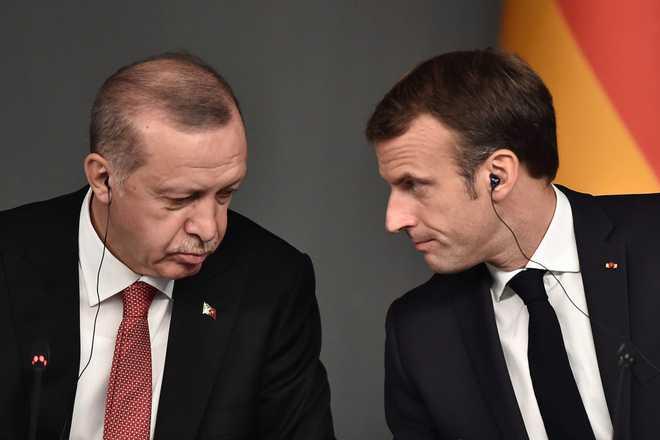 فرانس اور ترکی کے درمیان تناؤ کے بیچ یکجہتی کا اظہار