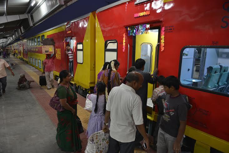 کاچی گوڑہ ۔تروپتی دو منزلہ ٹرین کا افتتاح