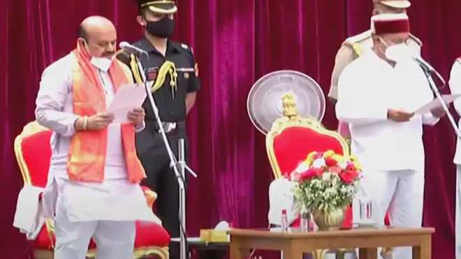 بسوراج بوممئی نے کرناٹک کے 23 ویں وزیر اعلی کی حیثیت سے حلف لیا