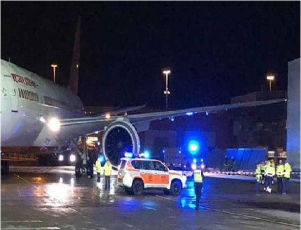 عمارت سے ٹکرائی ایئر انڈیا کی فلائٹ، سبھی 179 مسافر محفوظ