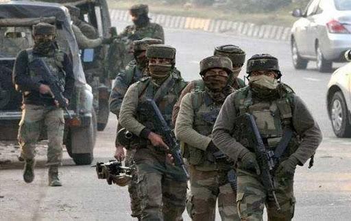 سوپور میں جنگجووں کی فائرنگ، ایک سی آر پی ایف اہلکار اور ایک عام شہری ہلاک