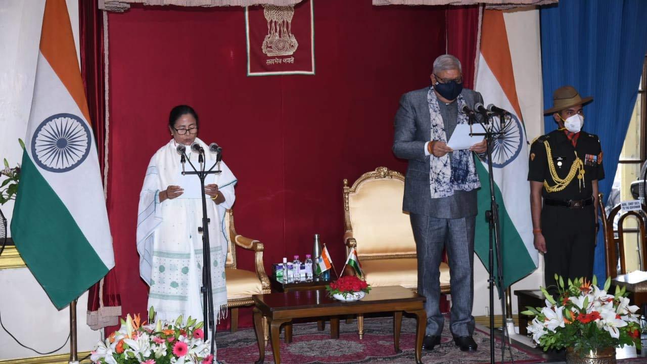 ممتا بنرجی نے تیسری بار وزیراعلی کے عہدے کا حلف لیا