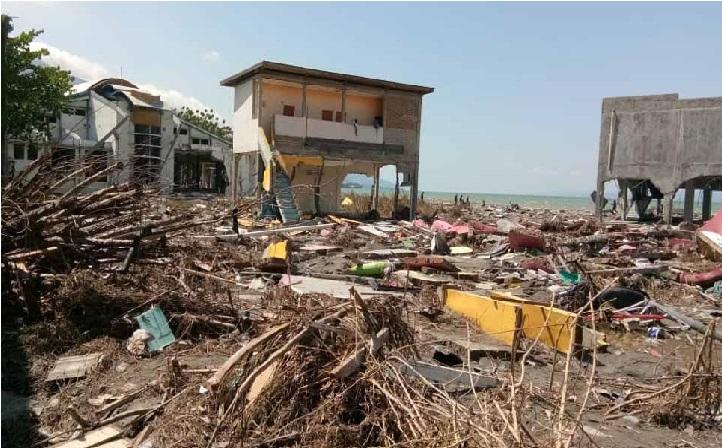 انڈونیشا میں زلزلے سے مرنے والوں کی تعداد بڑھ کر 1200 ہوئی