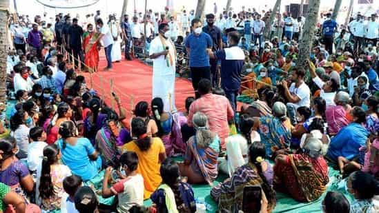 خواتین ماہی گیروں سے راہل گاندھی کی گفتگو