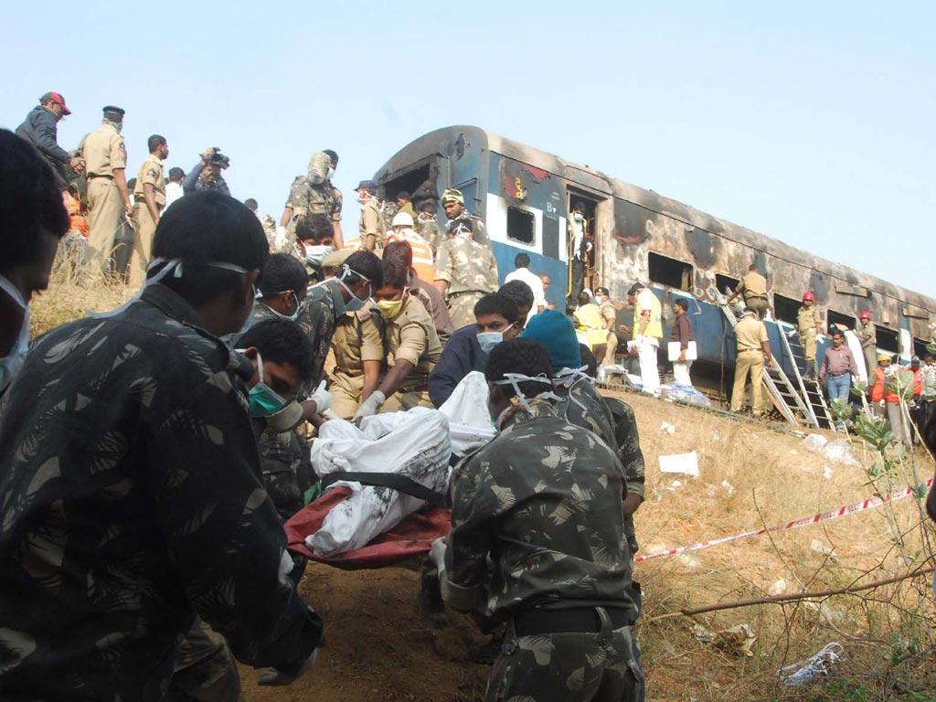 ناندیڈ بنگلور ایکپریس میں آگ۔23افراد ہلاک