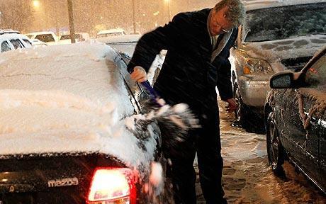 اٹلی، امریکا اور کینیڈا میں برف باری سے معمولات زندگی شدید متاثر