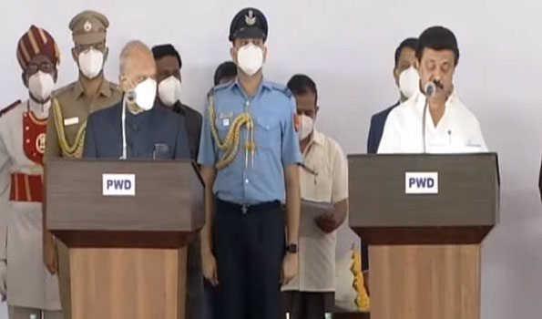 تمل ناڈو میں 34 رکنی کابینہ کی حلف برداری