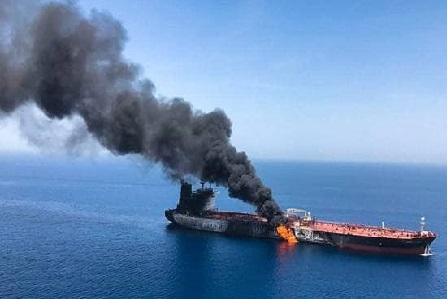 خلیج عمان میں ٹینکروں پر حملے میں امریکہ کا ہاتھ ہے: اقوام متحدہ میں ایرانی نمائندے کا الزام