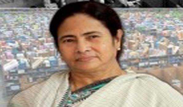 """بنگال میں """"گجرات ماڈل"""" نہیں چلے گا،گولی مارو غداروں کا نعرہ ناقابل برداشت:ممتا"""