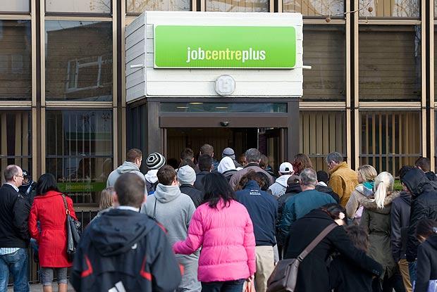 لندن: بیروزگاری کی شرح میں غیر معمولی اضافہ، 7.4فیصد ہوگئی