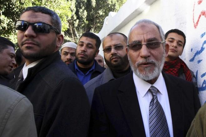 مصر: اخوان المسلمون کے سربراہ محمد بدیع سمیت مزید 683 افراد کو سزائے موت