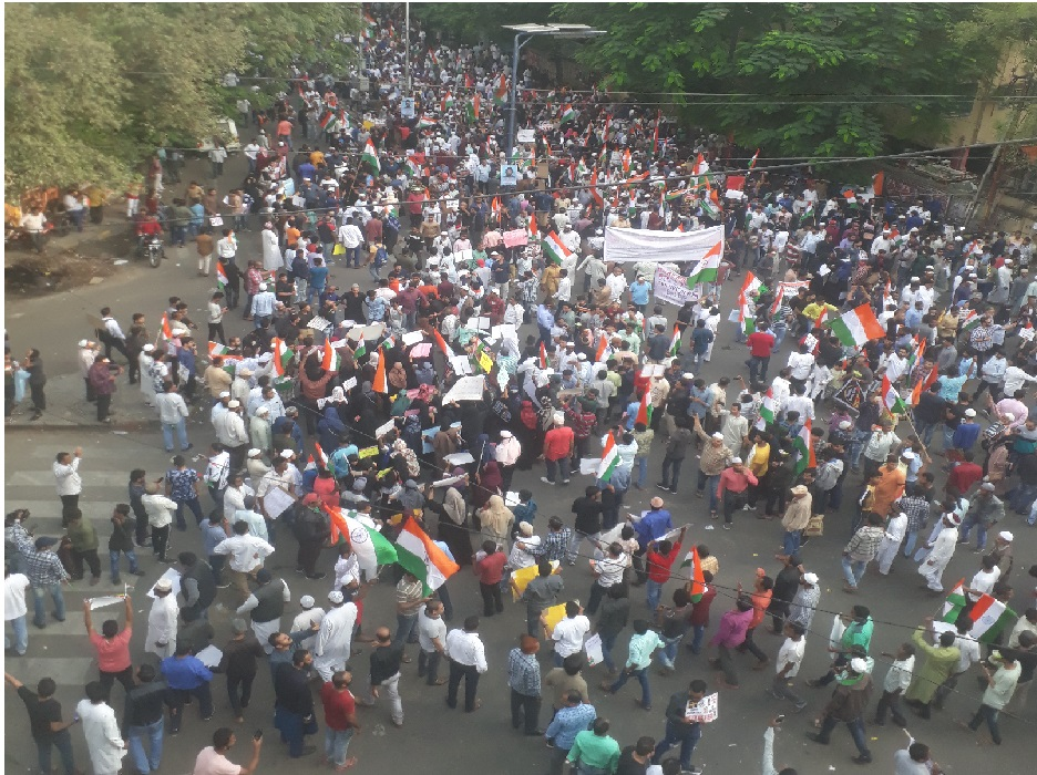 ہندوستان کو بچانے حیدرآباد سڑکوں پر۔شہریت ترمیمی قانون اور این آر سی کے خلاف شہر میں ملین مارچ،انسانی سروں کا سمندر