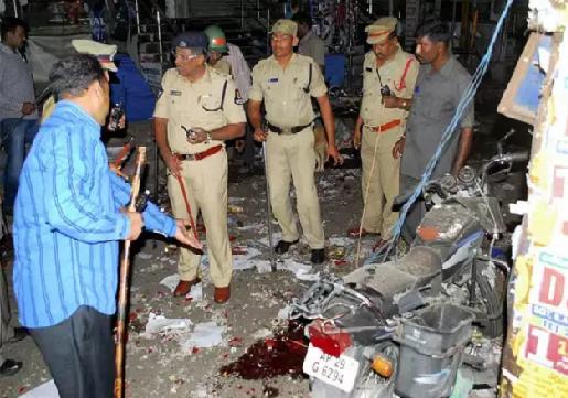 حیدرآباد دوہرے بم دھماکہ:11سال بعد فیصلہ، دو افراد مجرم قرار، دیگر دو بری