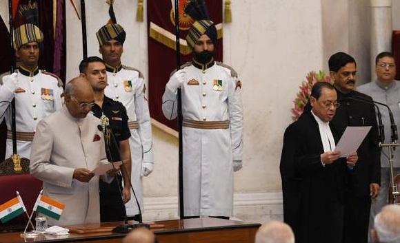 جسٹس گوگوئی ملک کے 46ویں چف جسٹس آف انڈیا بنے