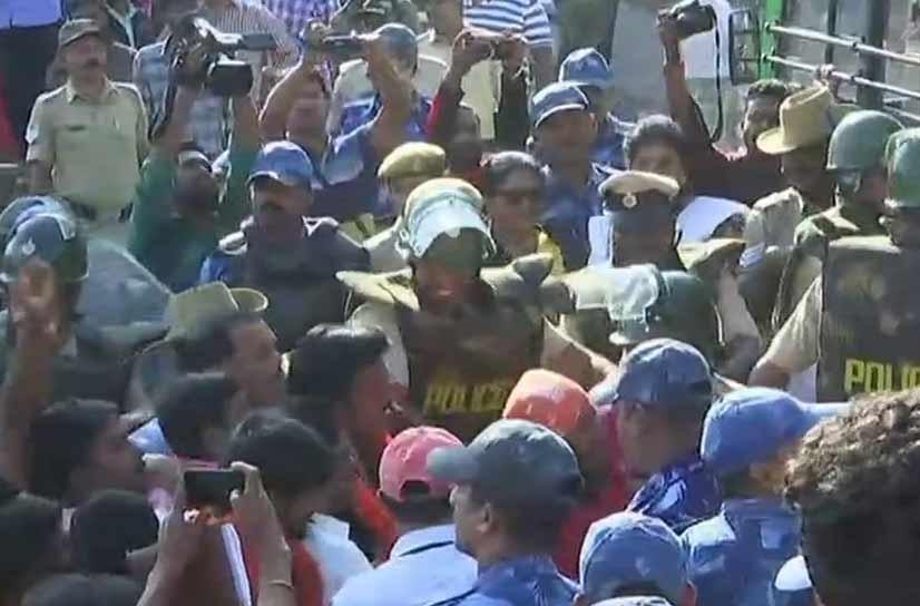 ٹیپو سلطان کی جینتی کو لیکر کرناٹک میں ہنگامہ، بی جے پی کا مظاہرہ ، کئی حراست میں