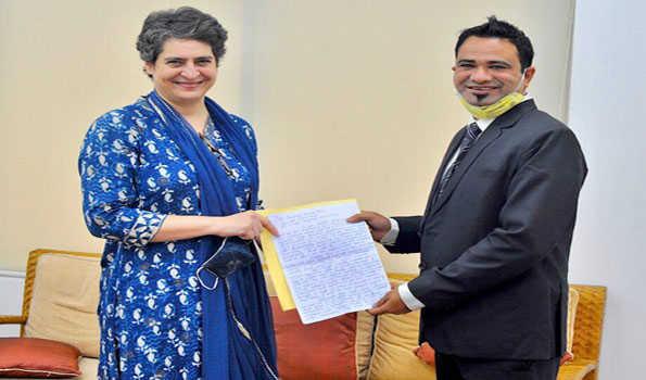 ڈاکٹر کفیل کی پرینکا گاندھی سے کی ملاقات