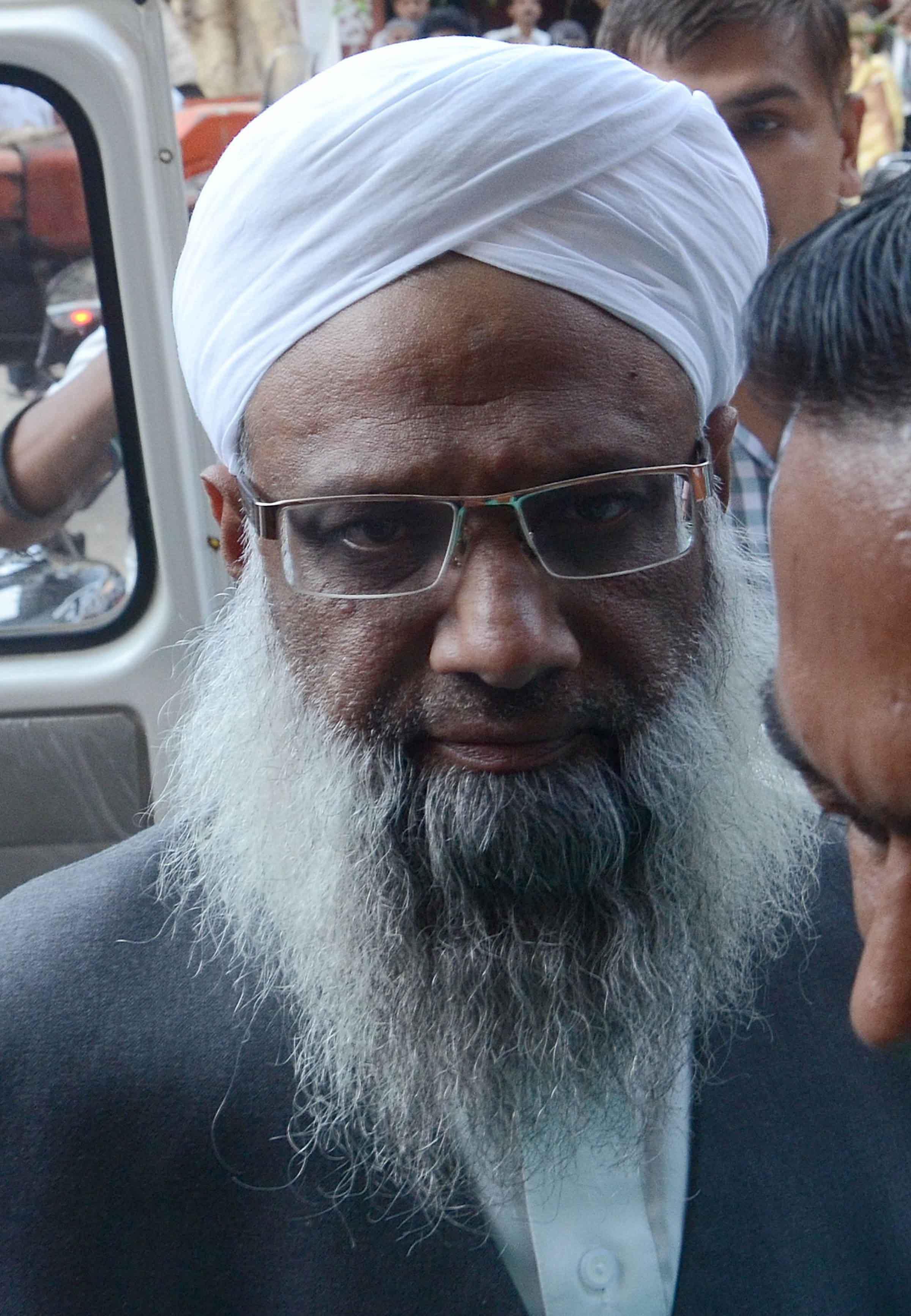 مولاناعبد القوی درخواست ضما نت نا منظور ،عدالت عالیہ سے رجو ع ہو نے کا جمعیۃ علماء کا اعلا ن
