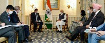 ہندوستان میں سرمایہ کاری پر سی ای اوز کے ساتھ بات چیت کی : مودی