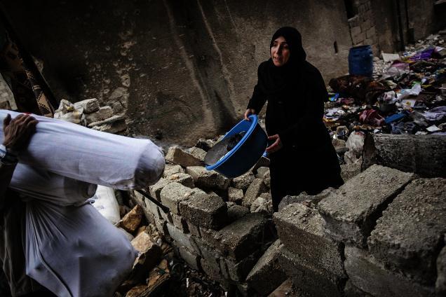 حلب: فوج کے بیرل بموں سے حملے، 90 ہلاک