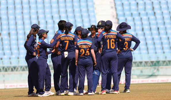 ہندوستان کی خاتون ٹیم 15 برس میں پہلی مرتبہ آسٹریلیا میں ٹیسٹ میچ کھیلے گی