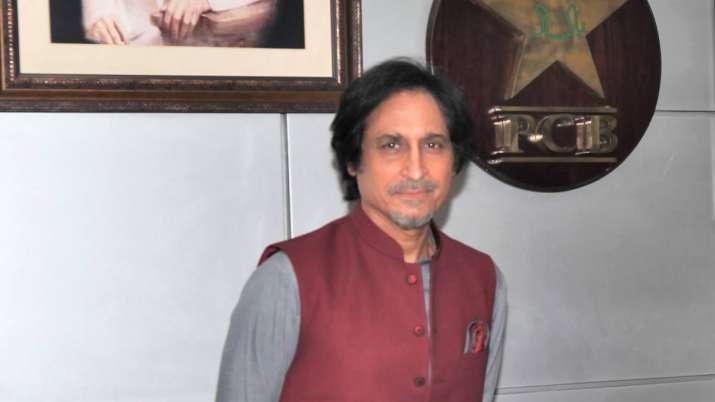 پاکستان کرکٹ ٹیم کے سابق کپتان رمیز راجا پی سی بی کے چیئرمین منتخب
