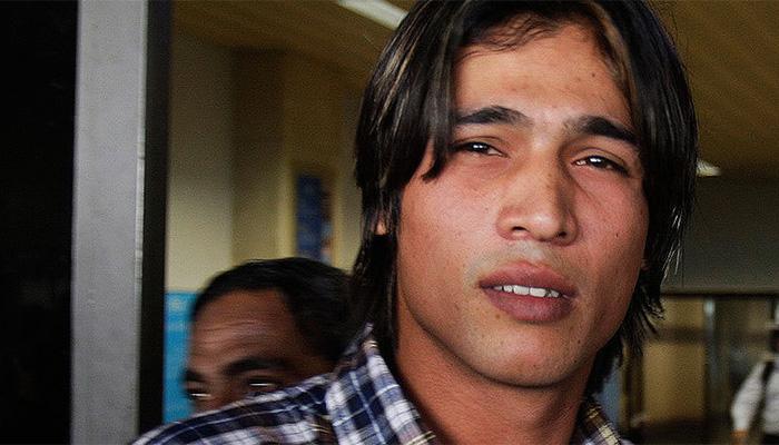 عامر نے آنسوؤں کے ساتھ معافی مانگی، کھلاڑیوں نے قبول کی