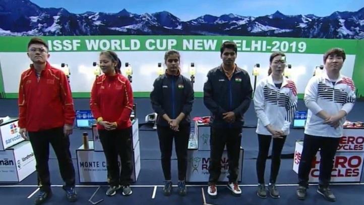 سوربھ اور منو نے مکسڈ ٹیم مقابلے میں طلائی جیتا